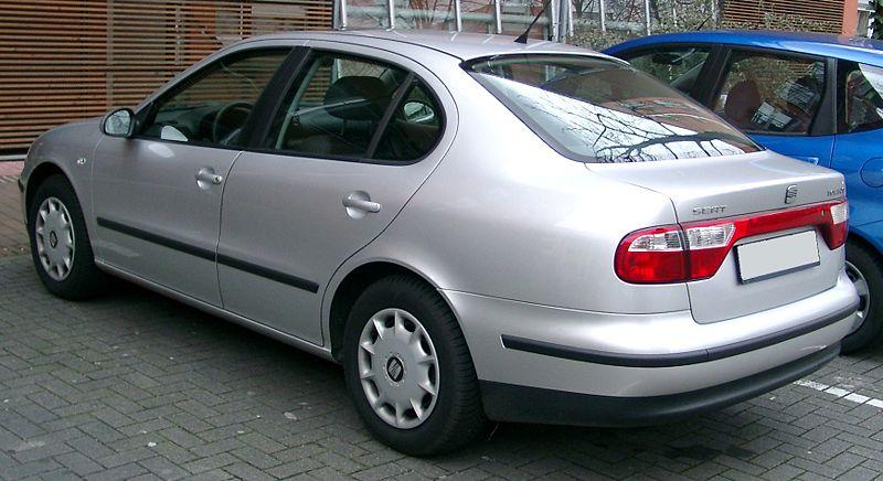800px-Seat_Toledo_rear_20080302